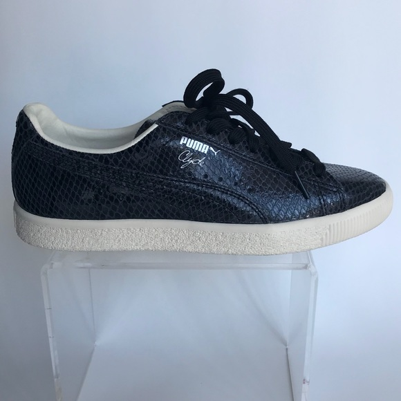 quality design d7437 abe33 NEW Puma Clyde Snake Sneakers Women's Sz 6